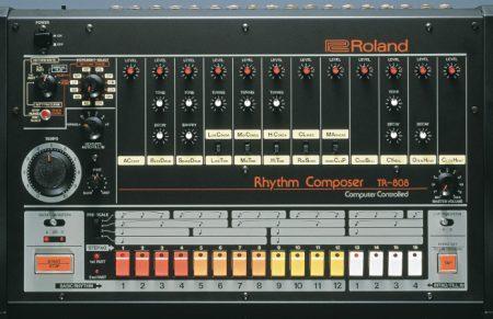 Casa das Máquinas V: Roland TR-808 – a história de uma máquina com vida própria