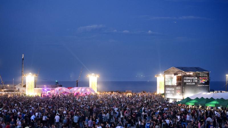 O Rimas e Batidas uniu-se à Red Bull TV para transmitir o Primavera Sound, em Barcelona, durante os dias 1, 2 e 3 de Junho.